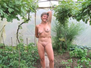 Lynah nature escorts in North Wilkesboro, NC